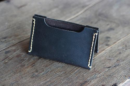 black wallet sleeve 2