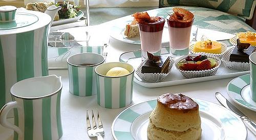 aftrnnon tea claridges london