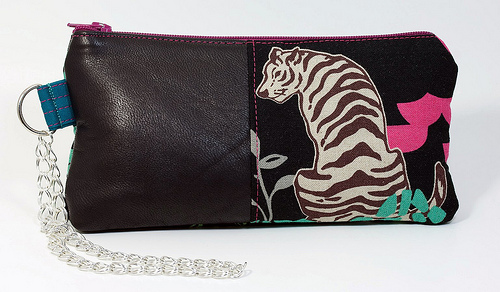 Giveaway Wristlet #1 Brown Tiger